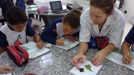As professoras Simone Patrícia e Aleçandra realizaram, como parte do conteúdo de Ciências, experimentos no Laboratóriopara aperfeiçoar o conteúdo estudado […]