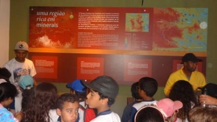 Em visita orientada ao Parque Estadual do Itacolomi, os alunos do 2º ano das séries iniciais do Ensino Fundamental, acompanhados […]