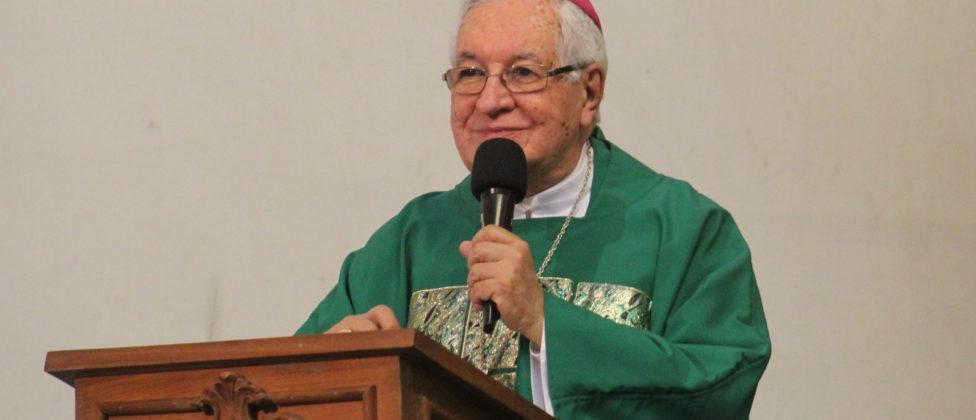 """""""Ser arcebispo de Mariana é graça de Deus"""", reconheceu Dom Geraldo na missa em ação de graças pelo seu pastoreio, celebrada na Igreja São Pedro, em Mariana, no dia 04 […]"""