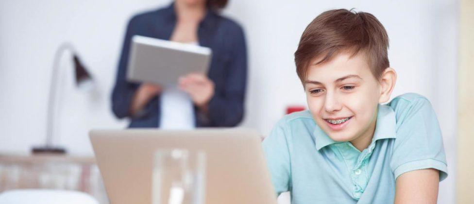 Saiba mais sobre segurança digital para crianças e adolescentes. Com o uso cada vez maior da internet por crianças e jovens, cresce o desafio da família em acompanhar e orientar […]